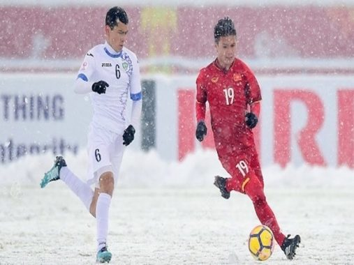 Tin bóng đá Việt Nam 22-2: Quảng Ninh treo thưởng 1 tỷ trận đấu Hà Nội