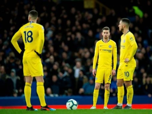 Chelsea thua Everton, Chelsea đừng mơ top 4