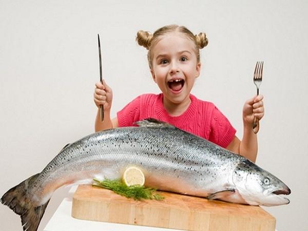 Điềm báo giấc mơ thấy ăn cá to