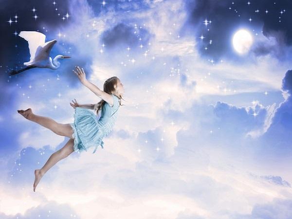 Điềm báo mơ thấy mình đang bay