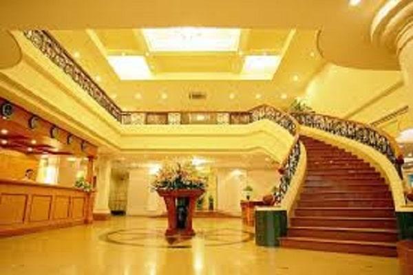 Điềm báo trong giấc mơ thấy khách sạn