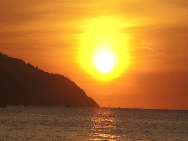 Điềm báo trong giấc mơ thấy mặt trời