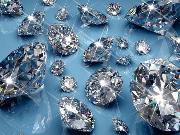 Mơ thấy kim cương là điềm gì, đánh con số nào dễ trúng?