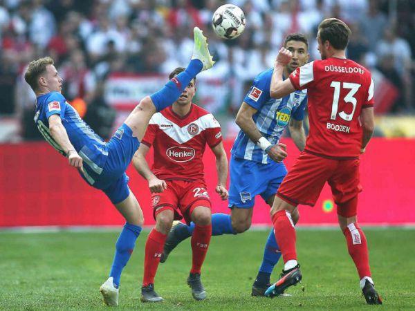 Nhận định Dusseldorf vs Paderborn, 02h30 ngày 5/1, vòng 14 Hạng 2 Đức 2020/21. Dự đoán, soi kèo Dusseldorf đấu với Paderborn chính xác.