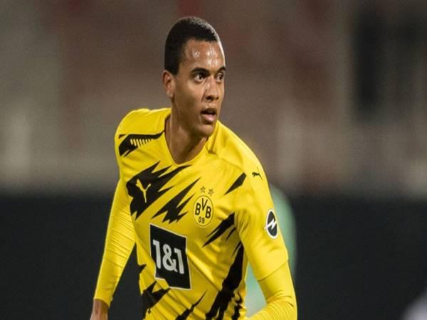 Manuel Akanji - Cầu thủ tài năng không thể thay thế ở Borussia Dortmund